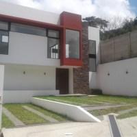 Casa en Condado Santa Elena, en Venta. A Estrenar!!!