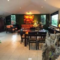 Vendo AMPLIA casa en Cumbres de la Escalón