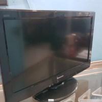 EN MERLIOT VENDO PANTALLA PANASONIC, LCD, 22 PULGADAS,NITIDA. CON CONTROL.