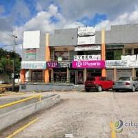 Local en alquiler en plaza comercial de Santa Elena
