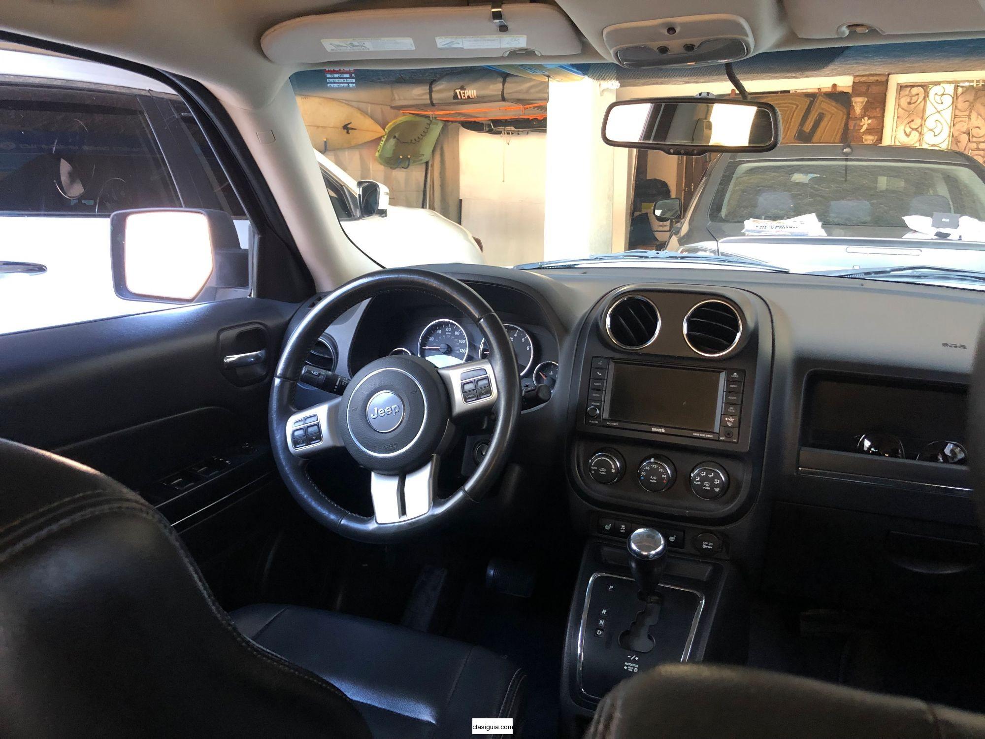 Jeep Patriot 2012: Full Extras, Cuero y Pantalla Touch