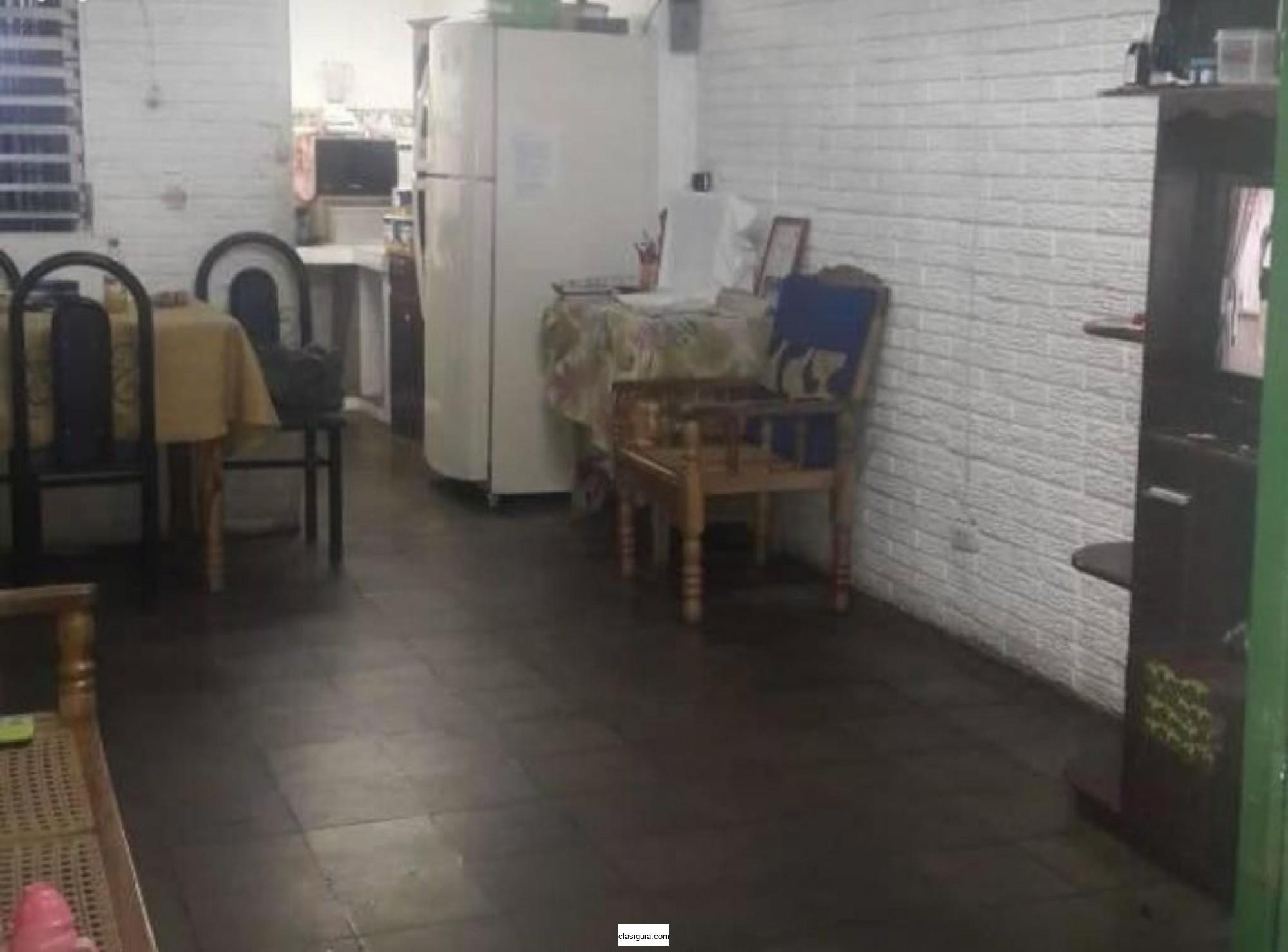 Venta de casa en colonia San José, Santa Tecla