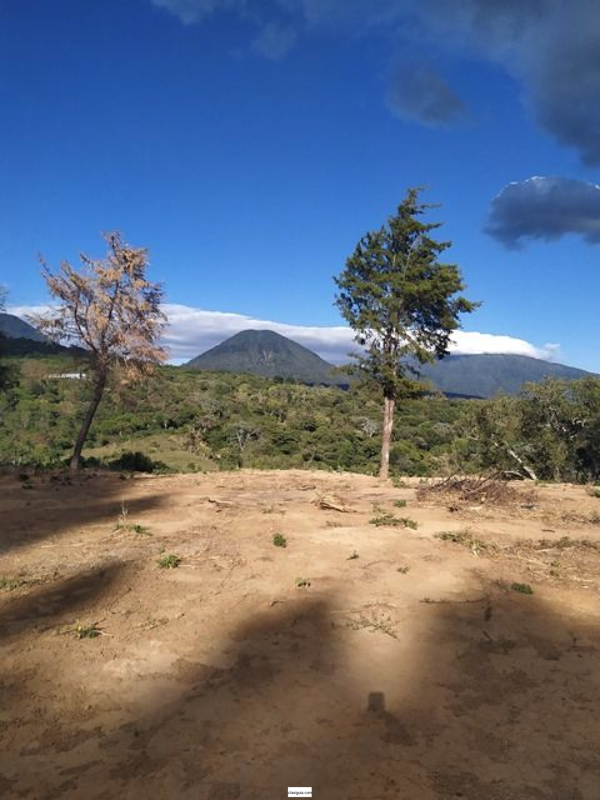 Vendo terreno en Juayua, Sonsonate, parcial o total, área 5,600 V2