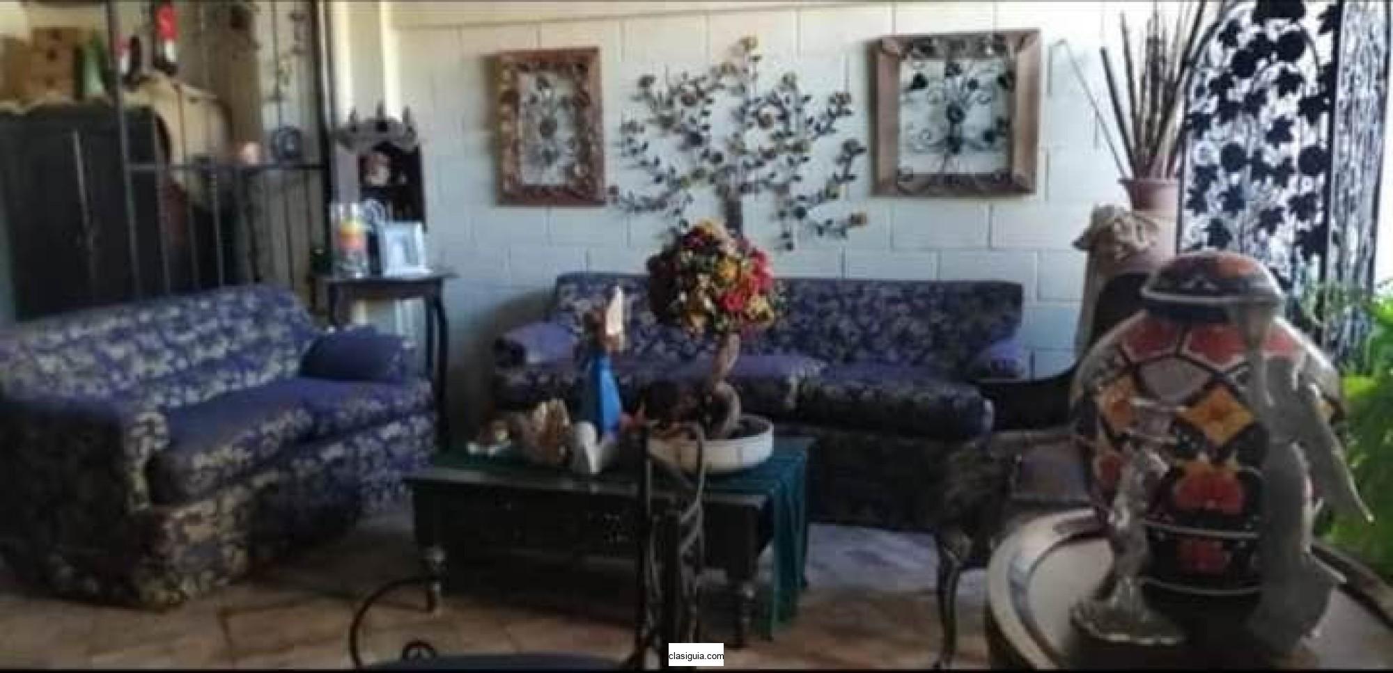 Vendo bonita casa Resid. Villa Real 1, en privado, Santa Ana