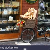Se Necesita 2 Vendedores de Pan Frances y Pan Dulce