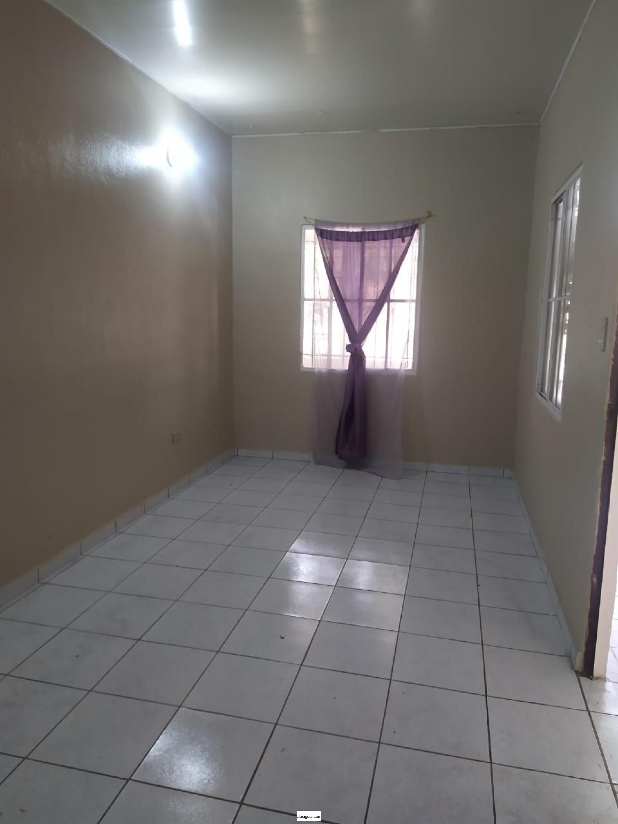 Vendo casa en privado, Resid. Tenerife 2, Cdad. Real, Santa Ana