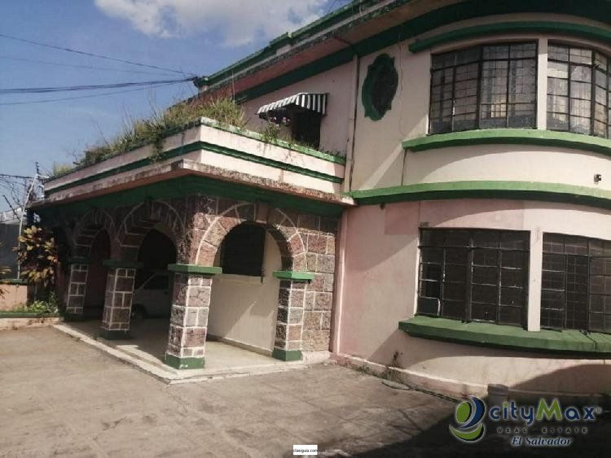 Casa en venta para Remodelar cerca de Liceo Salvadoreño