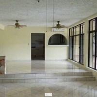 SE ALQUILA CASA CUMBRES DE CUSCATLAN, PRIVADO, 2 plantas, espacios amplios