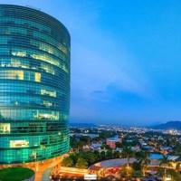 SE ALQUILA LOCAL WORLD TRADE CENTER, tiene 92 mts2, vista a la ciudad, 3 parqueos