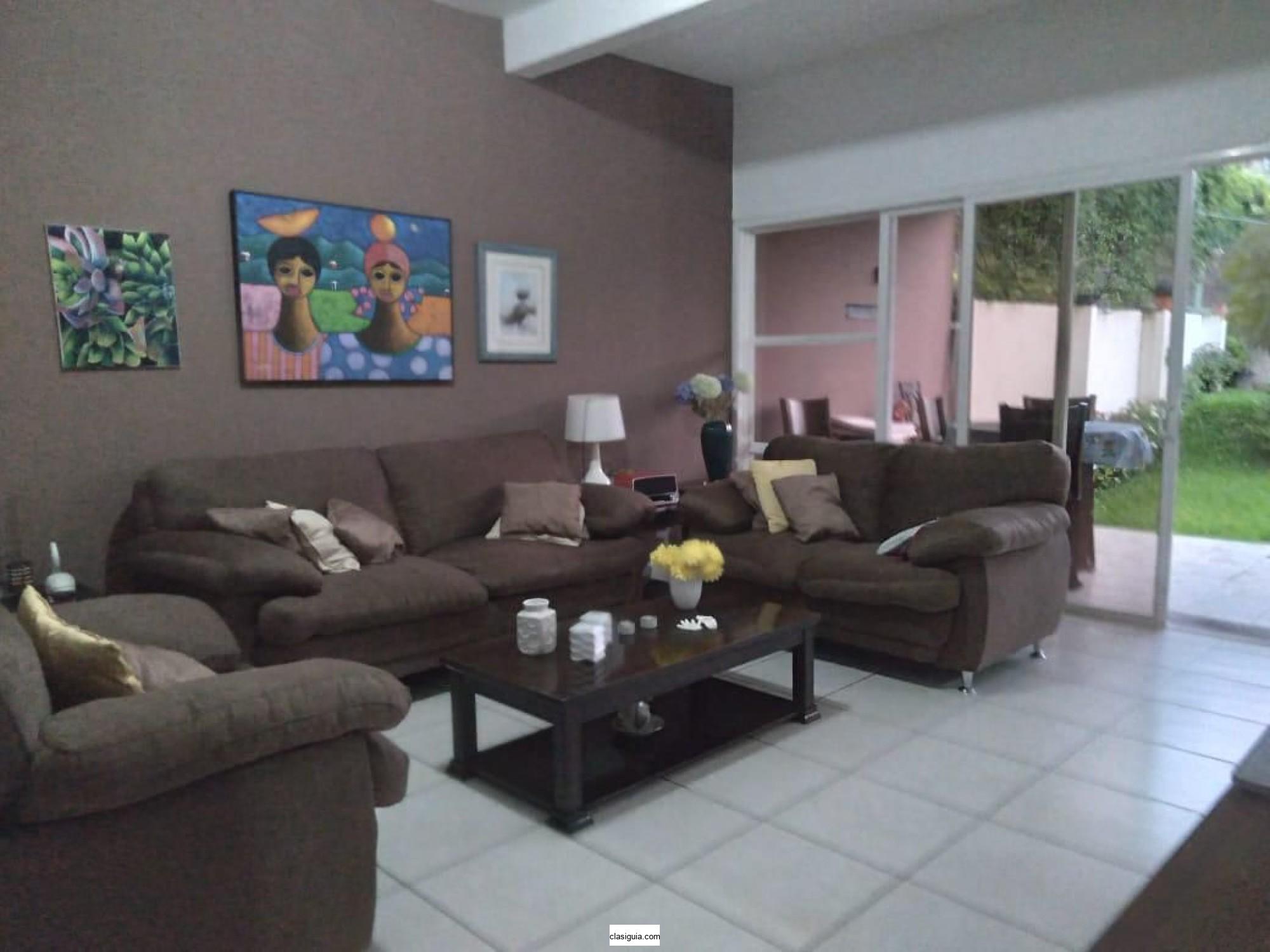 SE VENDE CASA RESIDENCIAL LA FLORIDA, NUEVO CUSCATLAN, privado, acceso controlado, tiene 366 v2 de terreno y 183 mts2 de construcción