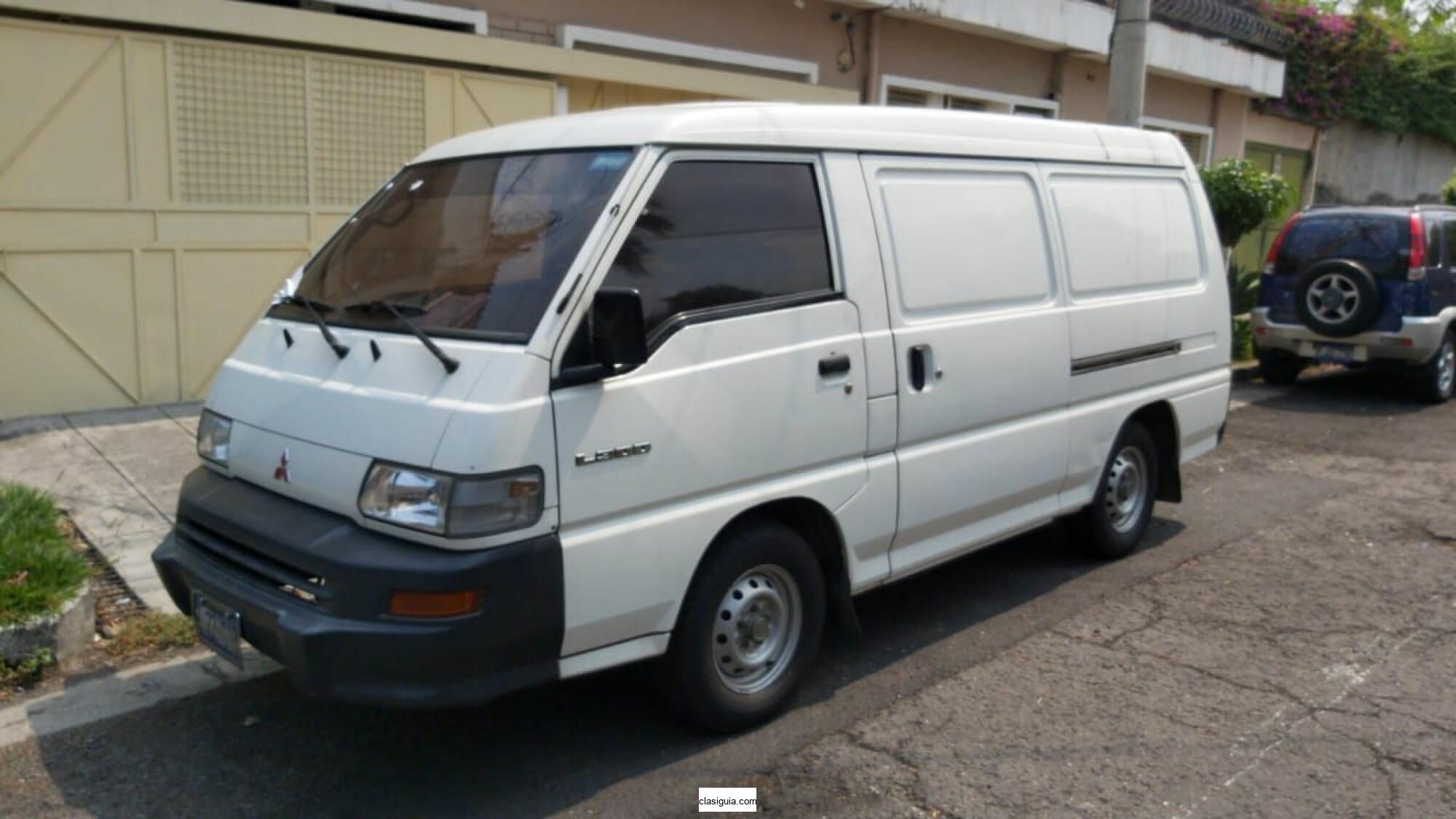 MITSUBISHI L300/2012