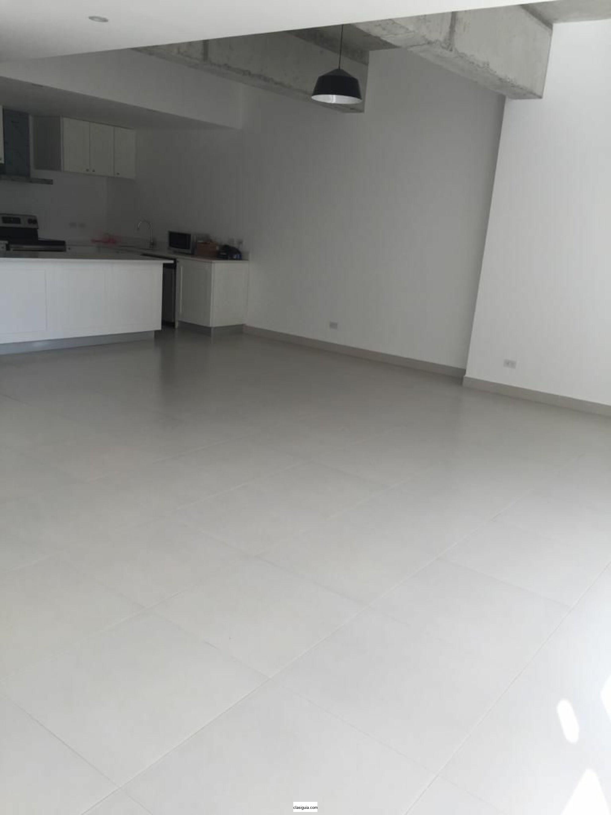 SE ALQUILA APARTAMENTO CASA 5 SAN BENITO, con linea blanca, 1 habitaciones