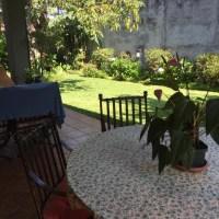 SE ALQUILA CASA RESIDENCIAL MADRESELVA, en Santa Elena, AMUEBLADA, ESTUDIO CON BAÑO, 3 habitaciones