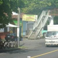 Coatepeque  casa 8 locales zona comercial