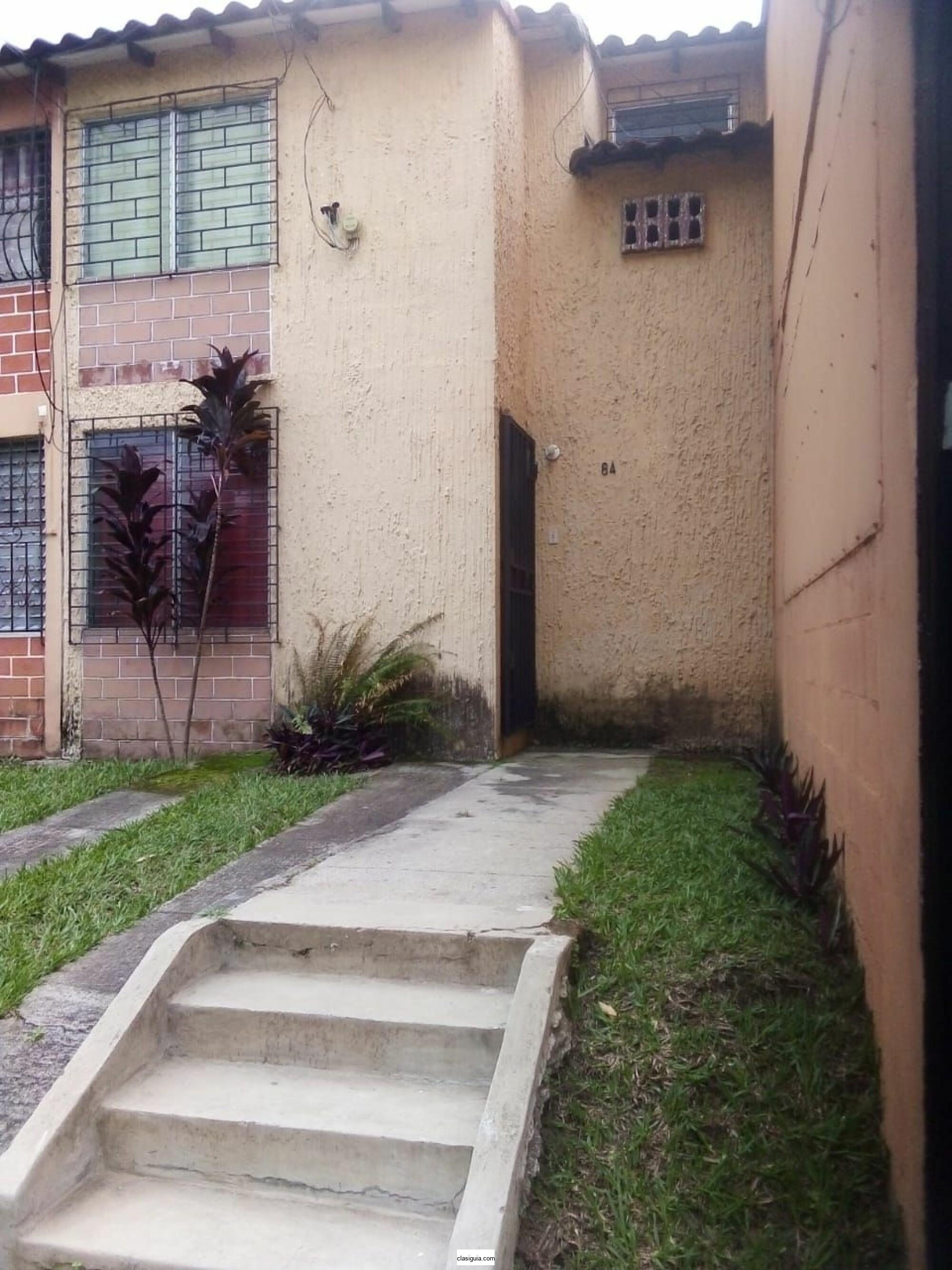 Se alquila casa amueblada en Santa Tecla