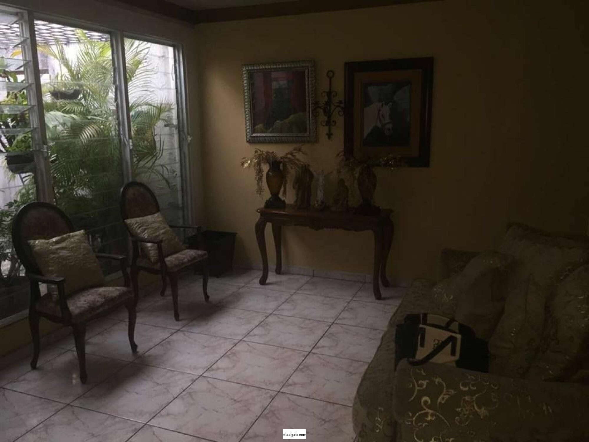 SE VENDE CASA MERLIOT JARDINES DE LA LIBERTAD, DE 1 PLANTA, PASAJE PRIVADO, tiene 425 v2 de terreno