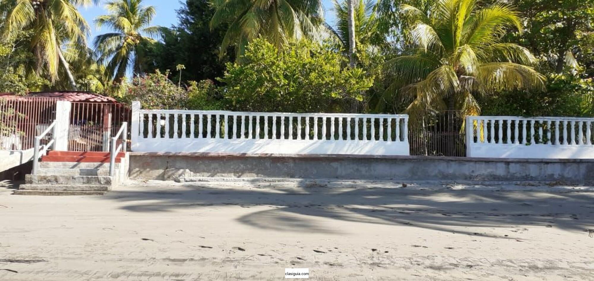 Costa del Sol Isla Cordoncillo bello rancho completo