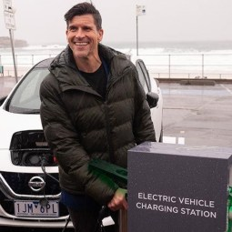 Charge Your Electric Car At Bondi Beach