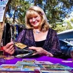Tarot Card Readings by Ruth Marks