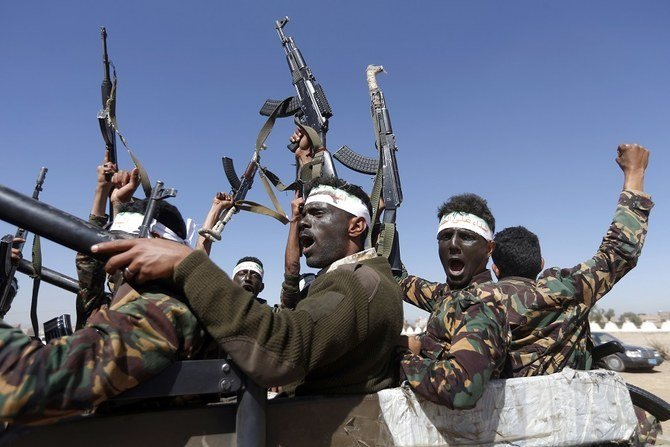 At least 82 people have been killed in a firefight between Yemeni government forces and Houthi forces