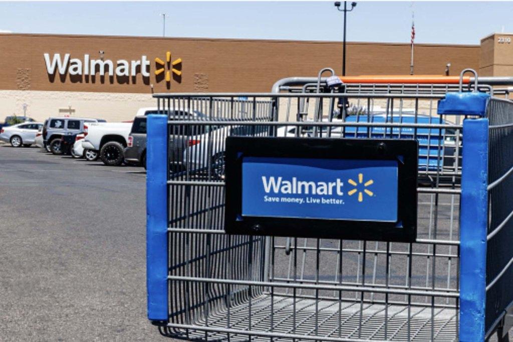 Wal-Mart removes bullet samples in U.S.