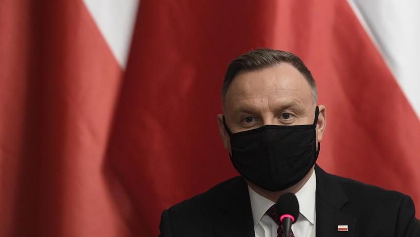 The Polish government will pass the national coronavirus vaccine immunization program.