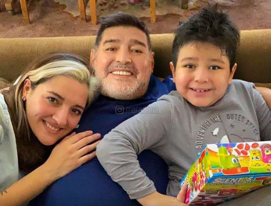 Maradona's last audio sent to his ex-wife and his friend : Take care of her and my son.