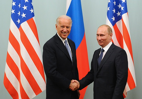 Biden announced that he would meet with Putin during the G7 meeting in June