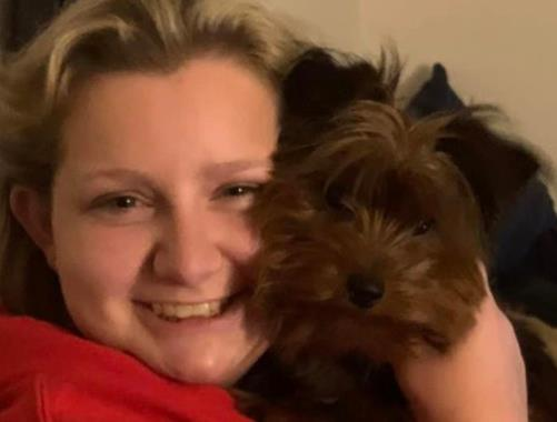 A 17-year-old girl in the United States died of the novel coronavirus after defeating cancer three times. Her family said that the novel coronavirus was more terrible.