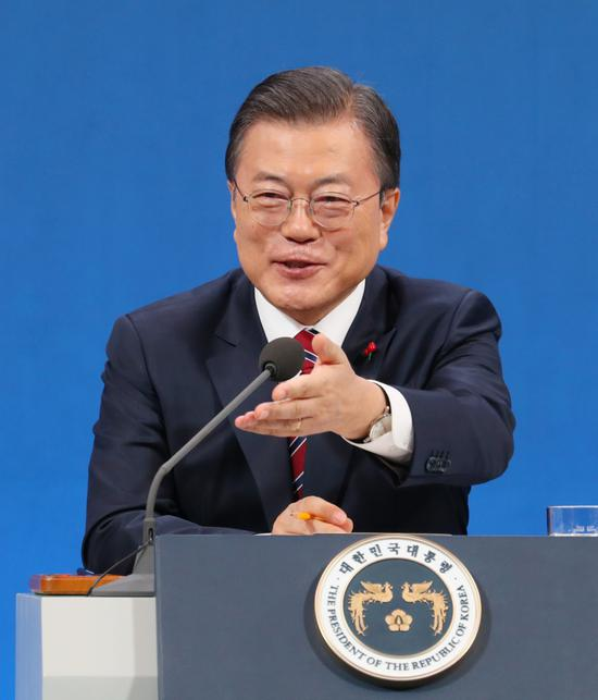 South Korean President Moon Jae-in: Consider giving money to the whole people after the pandemic