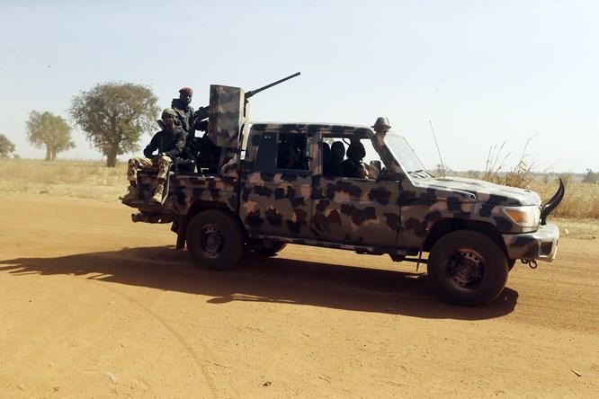 The Nigerian aramy was attacked by unidentified gunmen, killing 11 people.