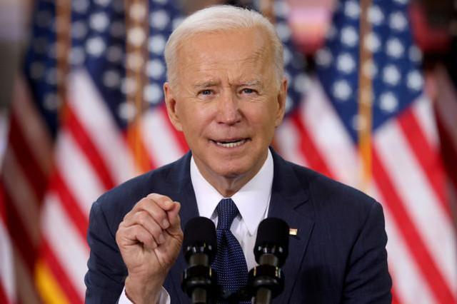 Biden signs executive order to strengthen U.S. cybersecurity