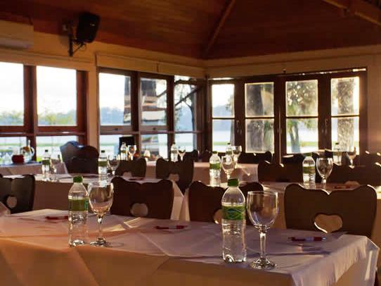 Restaurante-003-542×406
