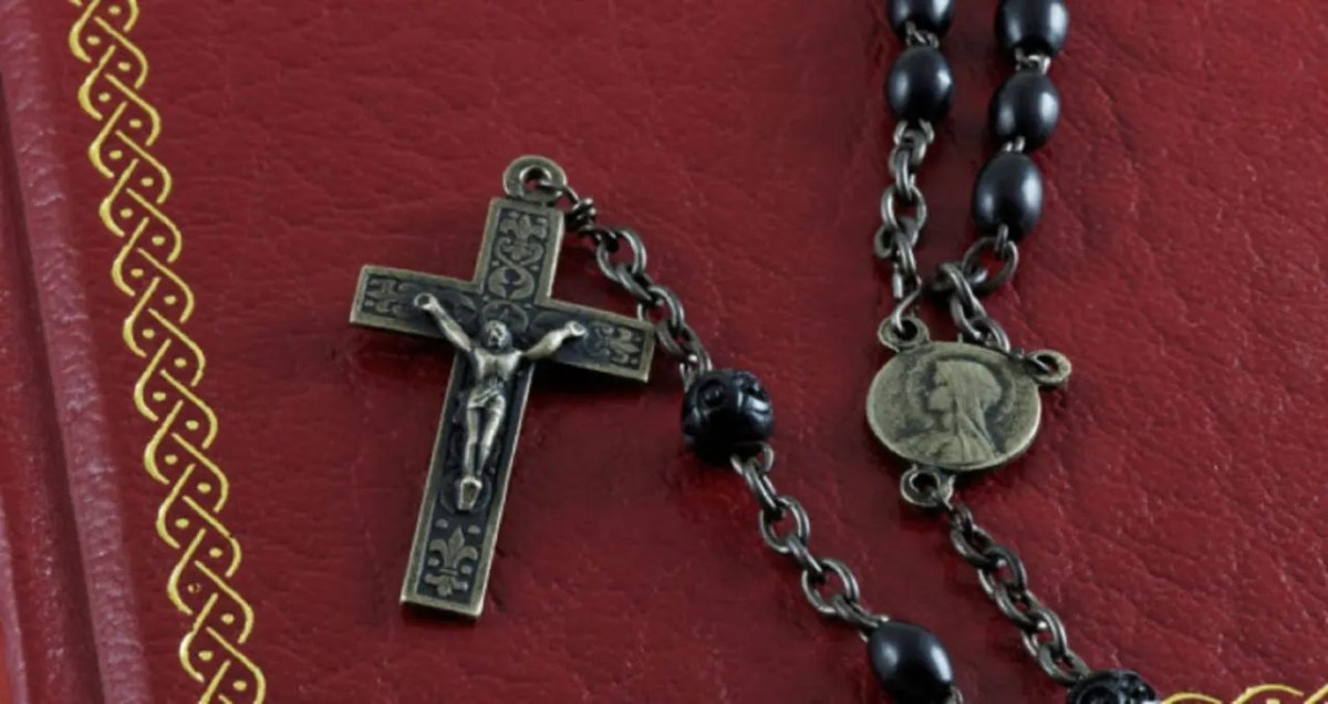 Here Is How To Pray the Miraculous 54 Day Rosary Novena ...