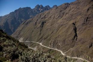 World's-most-dangerous-road-4