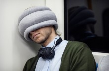 ostrich-pillow-light-2