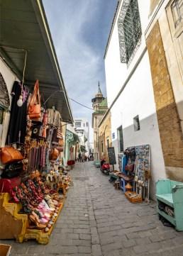 Başkent Tunus'ta Bir Sokak