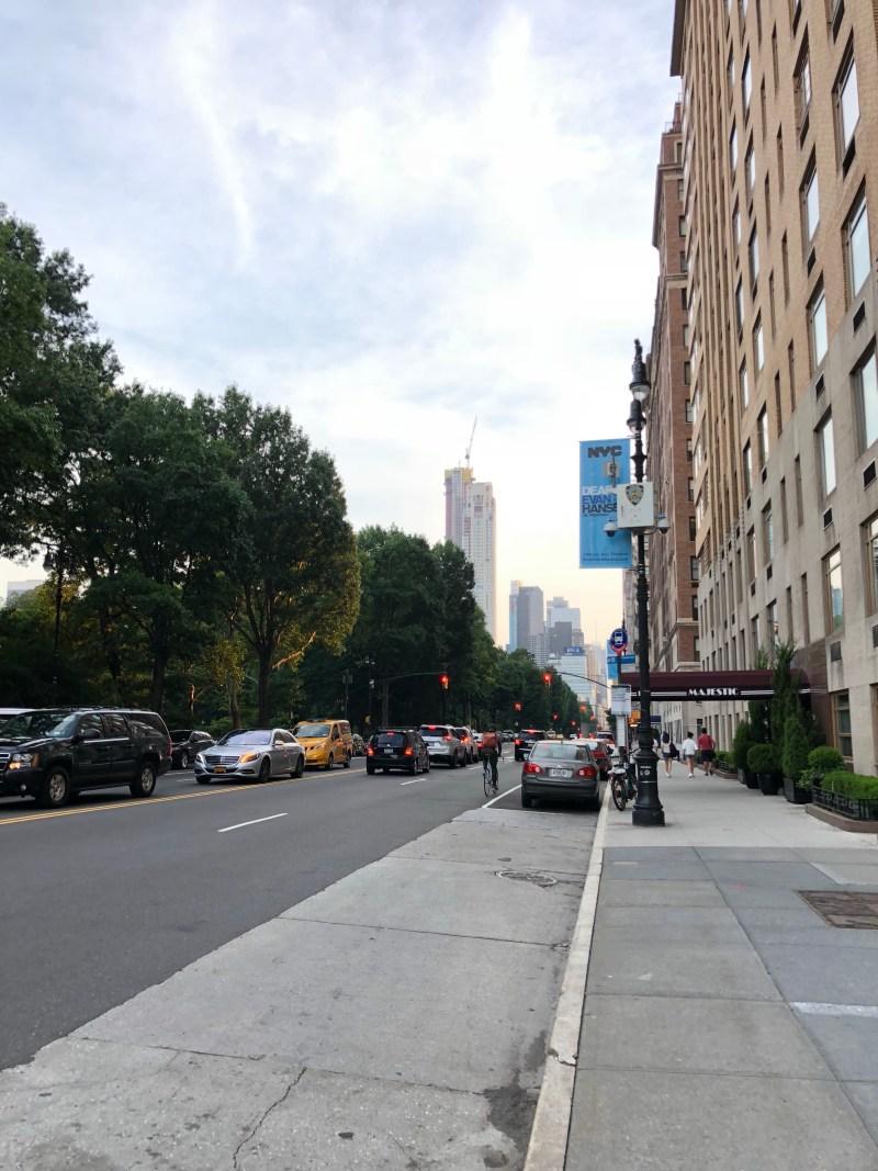 New York - photograph by EM @KING.NET
