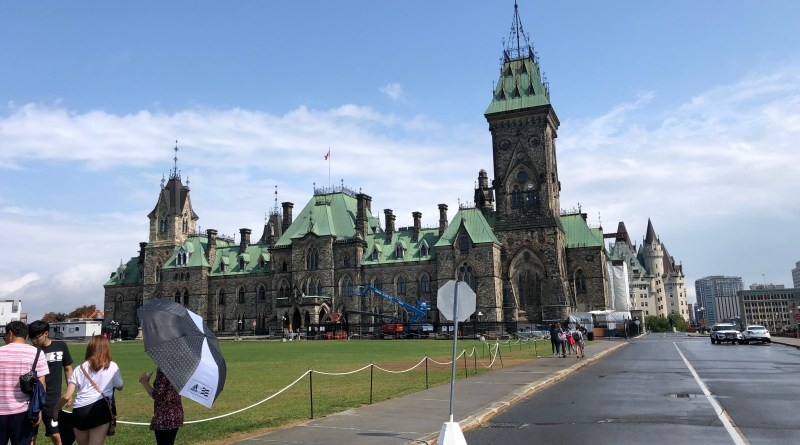 Parliament Hill in Ottawa Canada. Photo by EM @ KING.NET