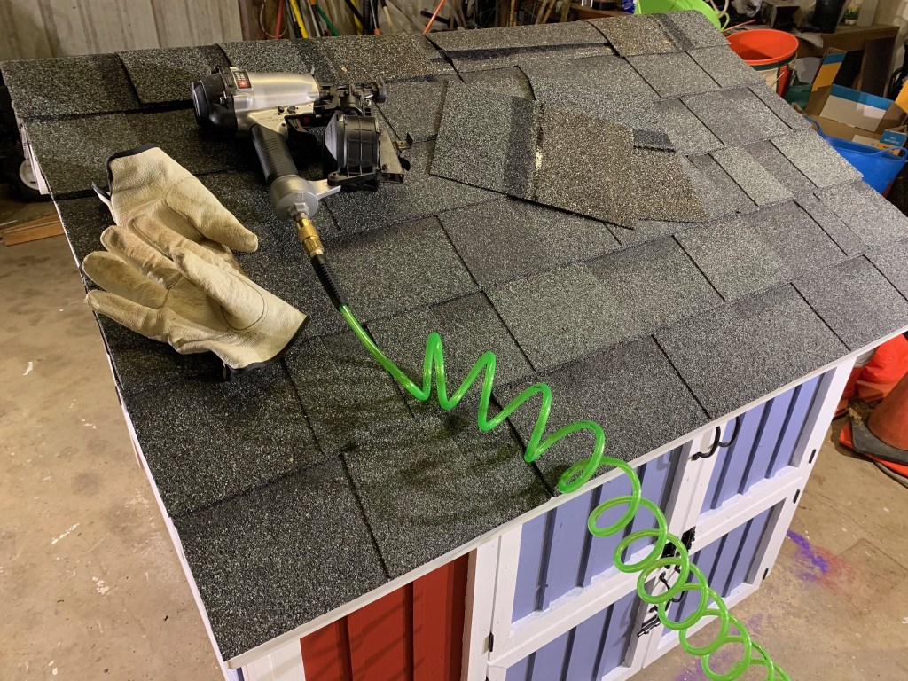 Roof ridge cap