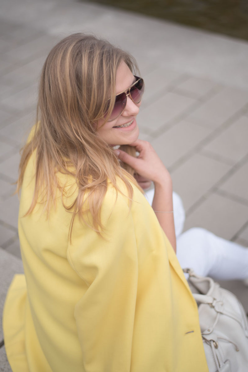 Sommerfarbe Gelb