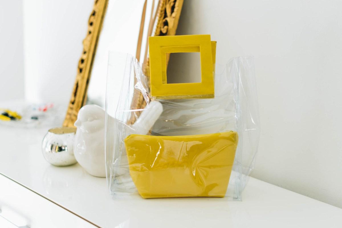 https://i1.wp.com/yellowgirl.at/wp-content/uploads/2018/06/yellowgirl_DIY-transparent-bag-Staud-37-von-47.jpg?fit=1200%2C801&ssl=1