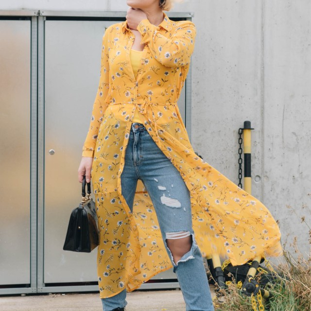 https://i1.wp.com/yellowgirl.at/wp-content/uploads/2019/01/yellowgirl_Valentinstagsoutfit-in-Blumenkleid-von-Only-Jeans-von-New-Look-Lack-Boots-und-Vintage-Lack-Handtasche-8-von-11.jpg?resize=640%2C640&ssl=1