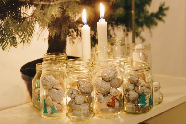yellowgirl-yellowgirl-DIY Advent- Kranz aus Gläsern (1 von 14)