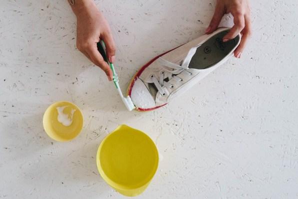 yellowgirl-DIY-Schuheputzen (2 von 17)
