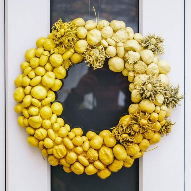 https://i1.wp.com/yellowgirl.at/wp-content/uploads/2020/11/yellowgirl-Pastell-Herbst-Türkranz-Kastanien-und-andere-Schätze-aus-der-Natur-1-von-8.jpg?resize=640%2C640&ssl=1