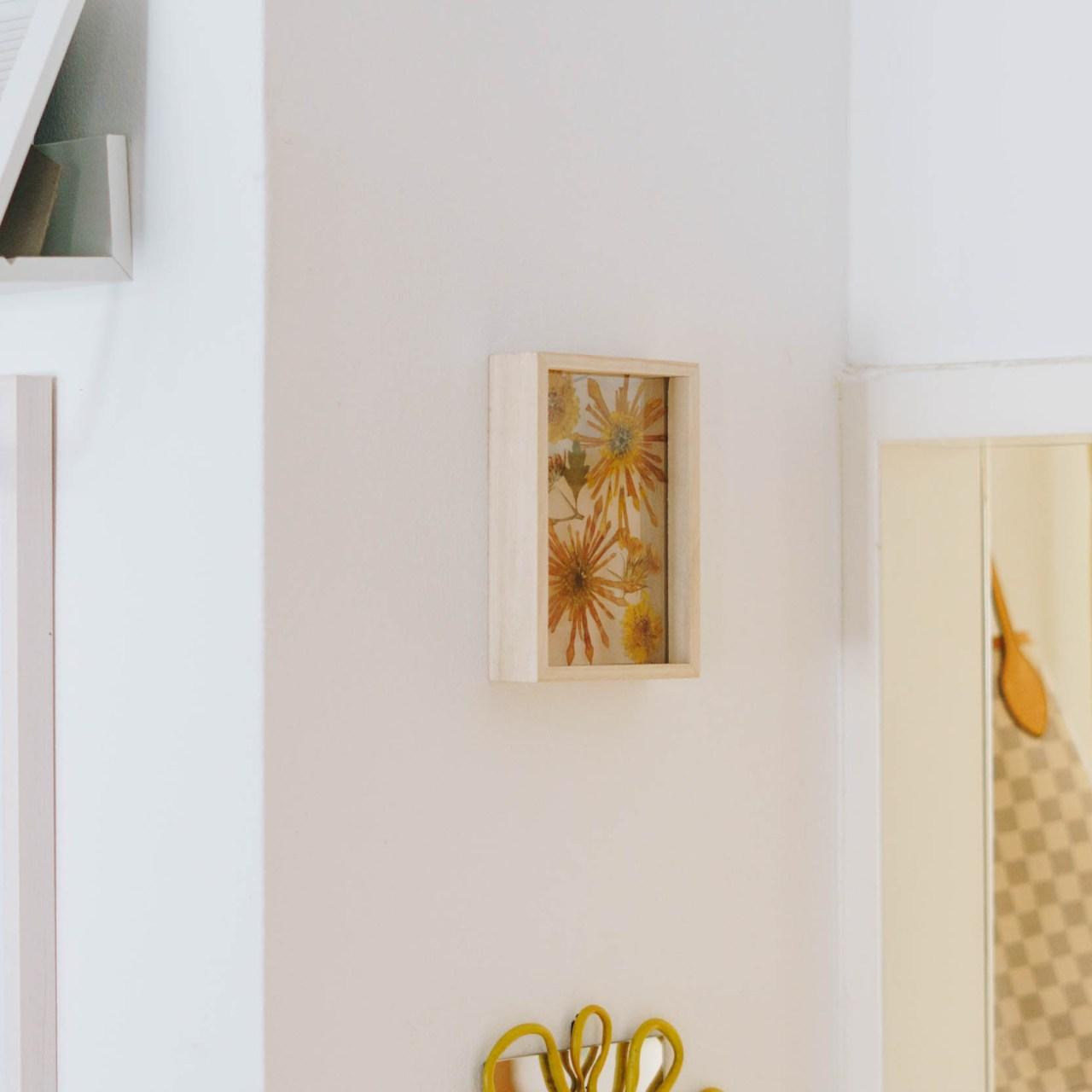 DIY Wanddeko: Trockenblumenbild*