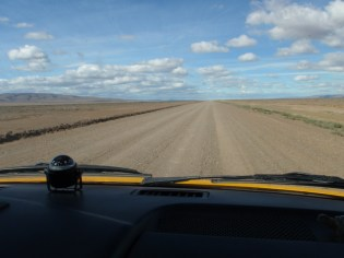The Ruta 40 north through southern Argentina