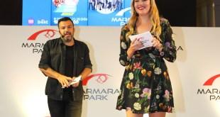 Derya Şensoy Marmara Park'ta Şans Dağıttı
