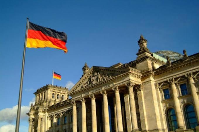وزير الماني متفائل بالوصول على تسوية مع امريكا